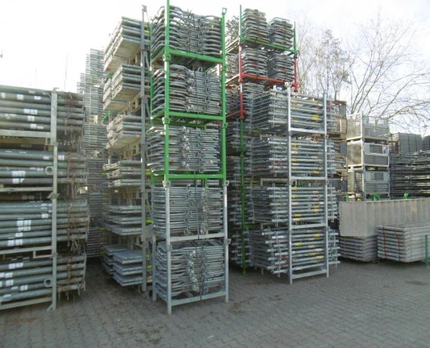 Peri Up T72 facade scaffolding